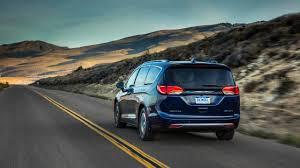 chrysler crossover 2018 chrysler pacifica hybrid minivan pricing for sale edmunds