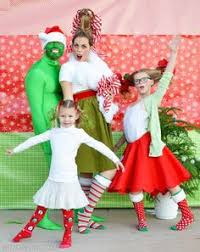 16 hilarious christmas photo ideas for your crazy but lovable