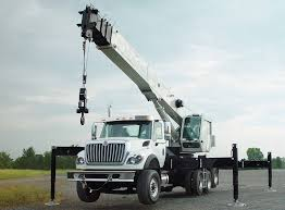 understanding the main components of a hydraulic truck crane
