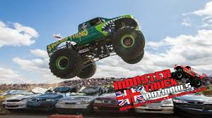 video de monster truck uk monster truck nationals 2014 highlights at santa pod raceway