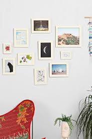 Wall Frames Ideas 20 Creative Ways To Display Photos
