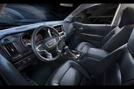 Gmc Sierra 2015 Interior 2015 Gmc Canyon Combines Sierra Looks With Colorado Underpinnings