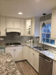 kitchen backsplash glass subway tile kitchen glass tile bathroom tiles kitchen backsplash ideas