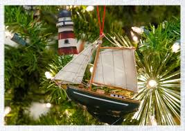 4 ways to bring a nautical flair to your tree do it