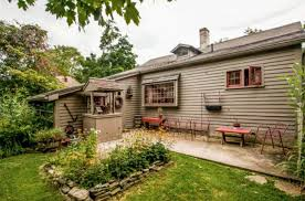 Cottage Style Homes For Sale by Characteristics Of A Cape Cod Style Cottage Historic Home For Sale