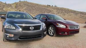 Nissan Altima Platinum - 2013 nissan altima vs maxima 0 60 mph mashup review