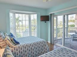 Seaside Decor Seaside Decor With A View In This First Floor Two Bedroom Superior