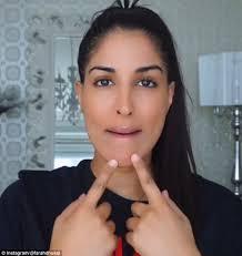 Blind Pimples On Chin Beauty Guru Farah Dhukai Claims Rubbing Raw Garlic On Your Face