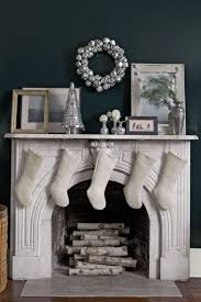 38 christmas mantel decorations ideas for holiday fireplace