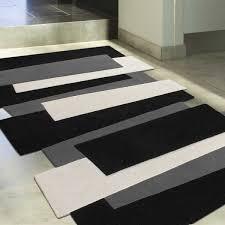 tapis cuisine noir salle de bain design noir et blanc 7 tapis de cuisine