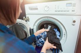 what causes clothes to shrink in the laundry