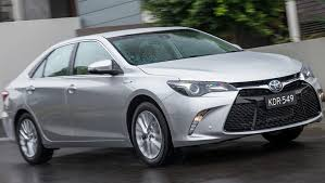 how does the toyota camry hybrid work toyota camry hybrid 2016 review term carsguide