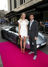 sharapova and webber arrive at pre wimbledon party in a porsche