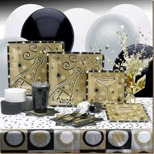 New Years Dinner Decorations by 57 Best Tablescape New Years Eve Images On Pinterest Happy New