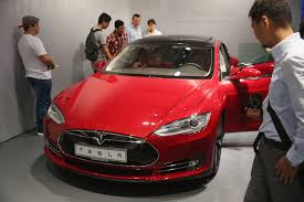 electric cars tesla tesla lengthens its lead in the u s luxury sedan market fortune