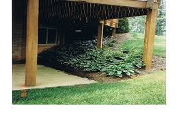 Landscape Deck Patio Designer Slope Deck Decks Quinn S Landscaping Lawn