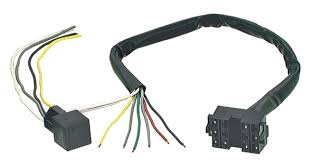 69690 universal plug in wiring harness with lift to dim