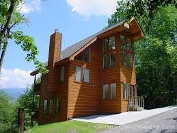 gatlinburg 2 bedroom cabins early dawn a 2 bedroom cabin in gatlinburg tennessee mountain