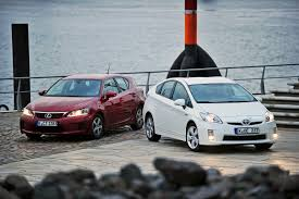 lexus ct200h vs f sport lexus ct200h vs toyota prius buy this not that gearopen
