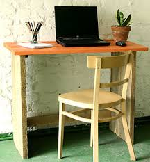 petit bureau en bois bureau bois brut diy ideas and desks