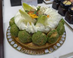 cuisine luxembourg file oberweis green balls luxembourg city dsc06095 jpg