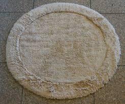 round bathroom rugs