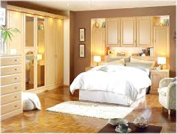 decorating a basement bedroom ideas choosing theme decorating a