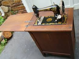 Singer Sewing Machine With Cabinet by Very Rare Free Treadle Sewing Machine In Oak Cabinet Singer Sewing