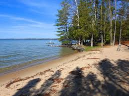 Torch Lake Michigan Map by South Torch Lake Chalet Rental Home Huge Sandy Beach For Enjoying
