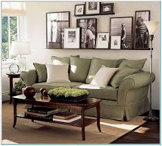 How to decorate a large wall in a living room Torahenfamilia