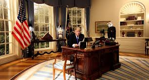 Desk In Oval Office by Racketboy Com U2022 View Topic World Is Falling Apart Thread Locked