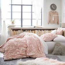 Light Comforters Best 25 Light Pink Bedding Ideas On Pinterest Rose Bedroom