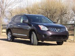 nissan murano in snow quick review the 2011 nissan rogue is a righteous and frugal