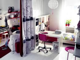 ikea chambre ado photo 2 5 avec une chaise de bureau sur roulettes