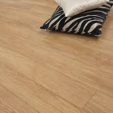 Golden Select Laminate Flooring Reviews Warm Oak 10mm Premier Select Laminate Flooring