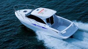 lexus v8 in boat toyota u0027s made a hybrid boat top gear