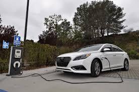 review 2016 hyundai sonata hybrid educates drivers on how to save