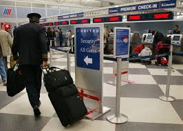 United Air Baggage Shortage Of Airline Pilots Not So Dire New Report Says Latimes
