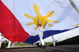 History Of The Filipino Flag Flag Day Profile At 86 Witness To History Shows Unflagging Love