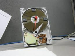 10 unique u0026 practical ways to repurpose your old hard disk drives