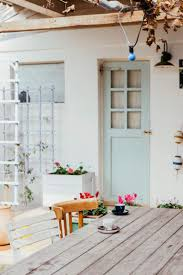 4 reasons decluttering is like therapy mindbodygreen