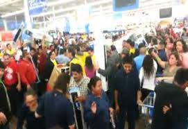 black friday fights in walmart the worst black friday fights caught on video 2016 video