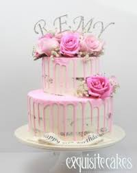 birthday cakes for males and females