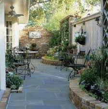 Backyard Landscaping Ideas For Small Yards 8 Ways To Make Your Small Yard Look Bigger Small Yards How To