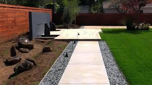 Backyard Pathway Ideas Backyard Walkways Ideas Backyard Walkway Design Garden Pathway