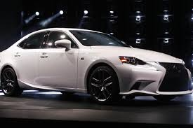 is lexus the differences between the lexus is350 es350 it still runs