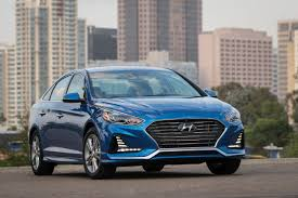 reviews for hyundai sonata 2018 hyundai sonata review autoguide com