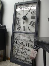 Using Old Window Frames To Decorate Best 25 Old Windows Ideas On Pinterest Old Window Ideas Old
