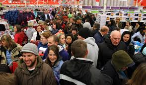 target indianapolis black friday sale black friday fights erupt at retail stores over smartphones hdtvs