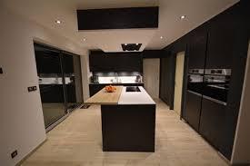 plan de travail cuisine blanc laqué amazing plan de travail cuisine blanc laque 4 ophrey cuisine en